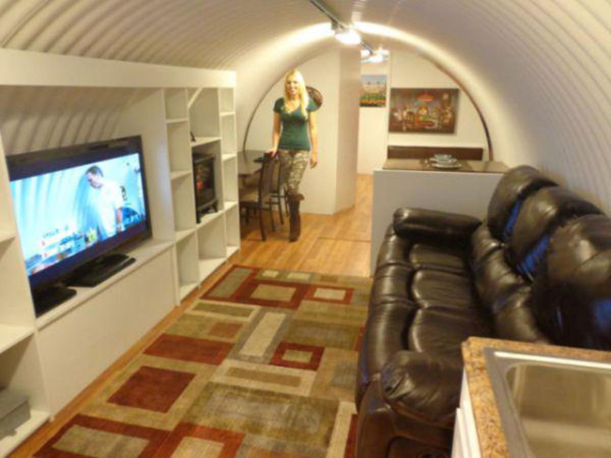 inside-a-millionaires-bomb-shelter-18-photos-10.jpg