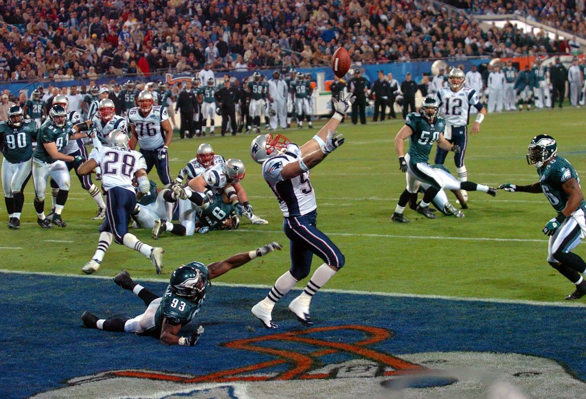 2005-0206-Super-Bowl-XXXIX-Mike-Vrabel-006594369.jpg
