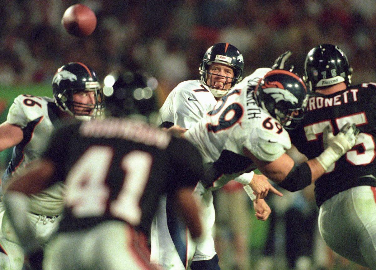 1999-0131-Super-Bowl-XXXIII-John-Elway-05791446.jpg