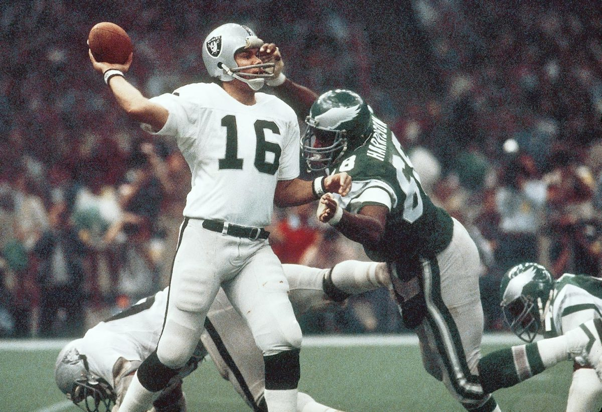 1981-0125-Super-Bowl-XV-MVP-Jim-Plunkett-017041926.jpg