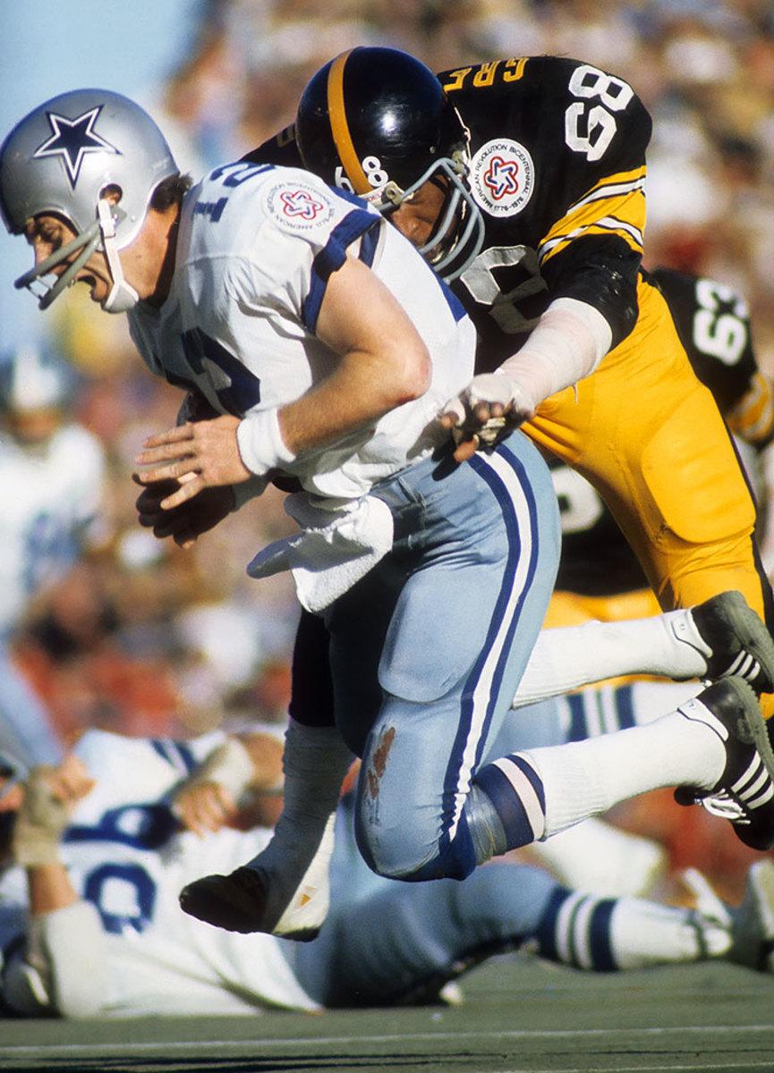 1976-0118-Super-Bowl-X-Roger-Staubach-001306919.jpg