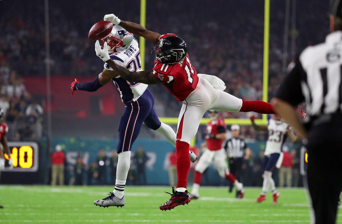 2017-0205-Super-Bowl LI-Julio-Jones-Eric-Rowe-SI713_TK1_05644.JPG