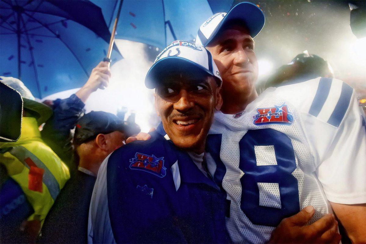 2007-0204-Super-Bowl-XLI-Tony-Dungy-Peyton-Manning-006842061.jpg