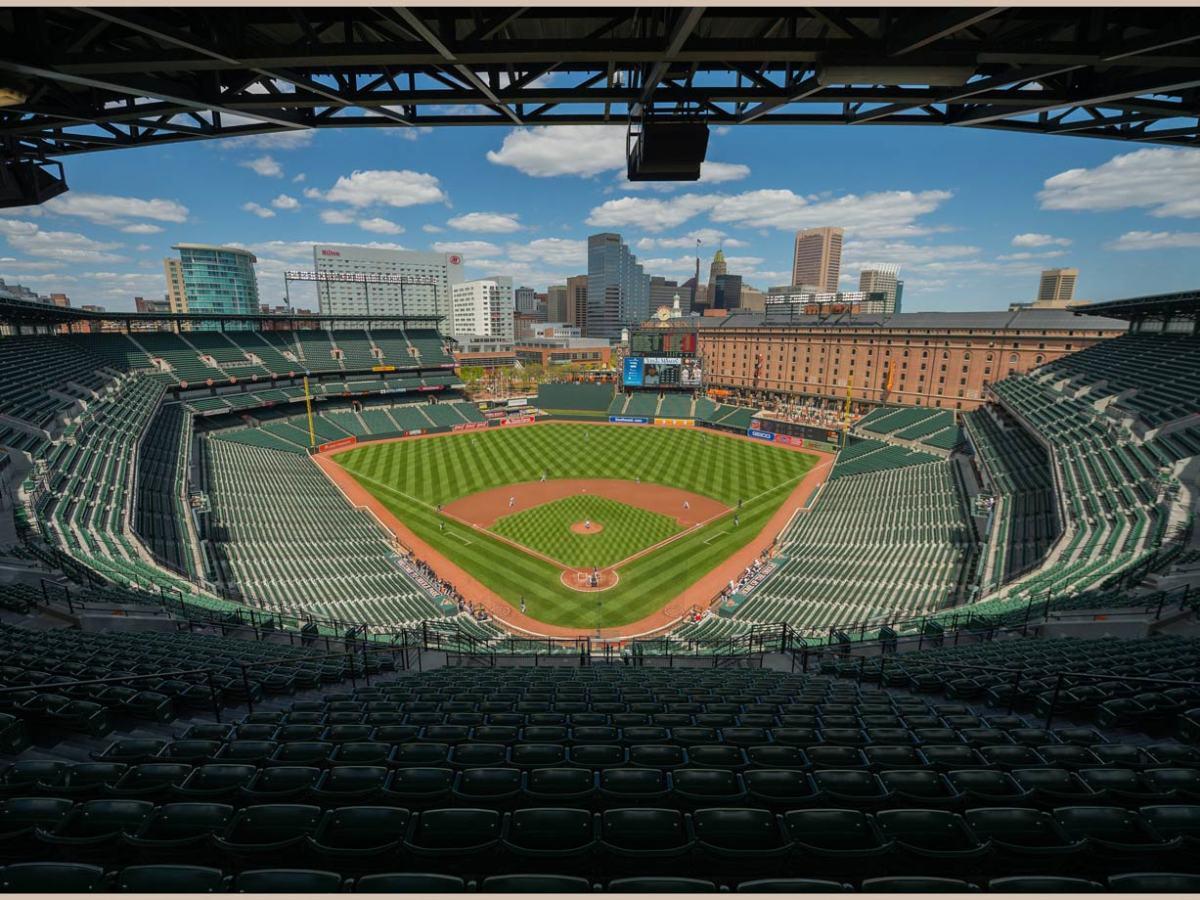 2015-Orioles-White-Sox-empty-stadium-Camden-Yards-X159545_TK1_0321.jpg