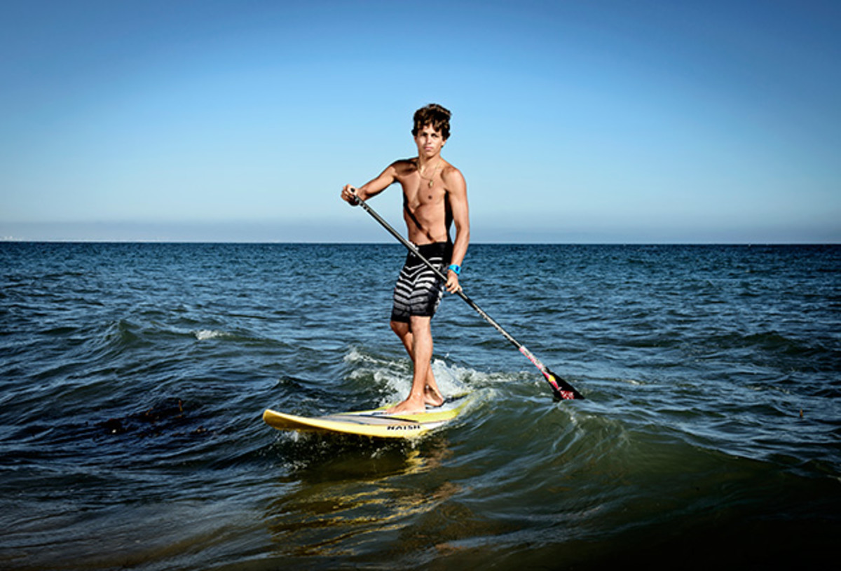 kai-lenny-ultimate-waterman-sup-surfing-jaws-630-2.jpg