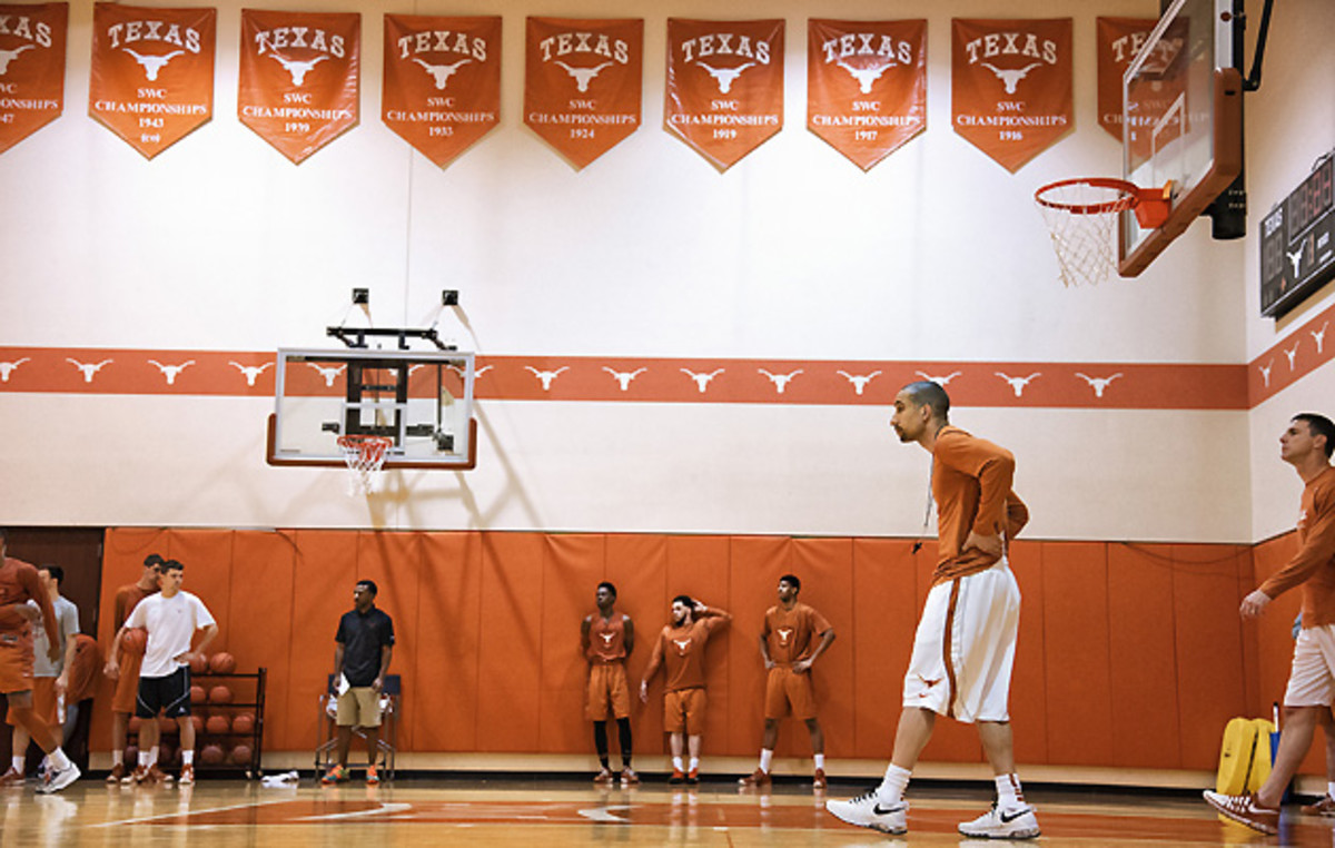 shaka-smart-texas-attack-the-day-2.jpg