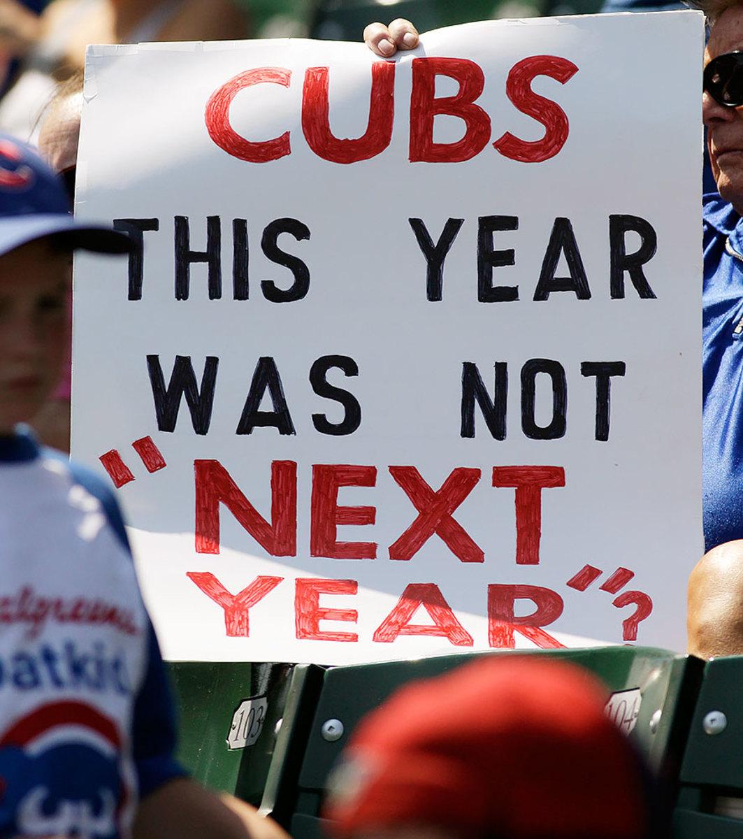 2012-Chicago-Cubs-fan-sign-AP_251770962748.jpg