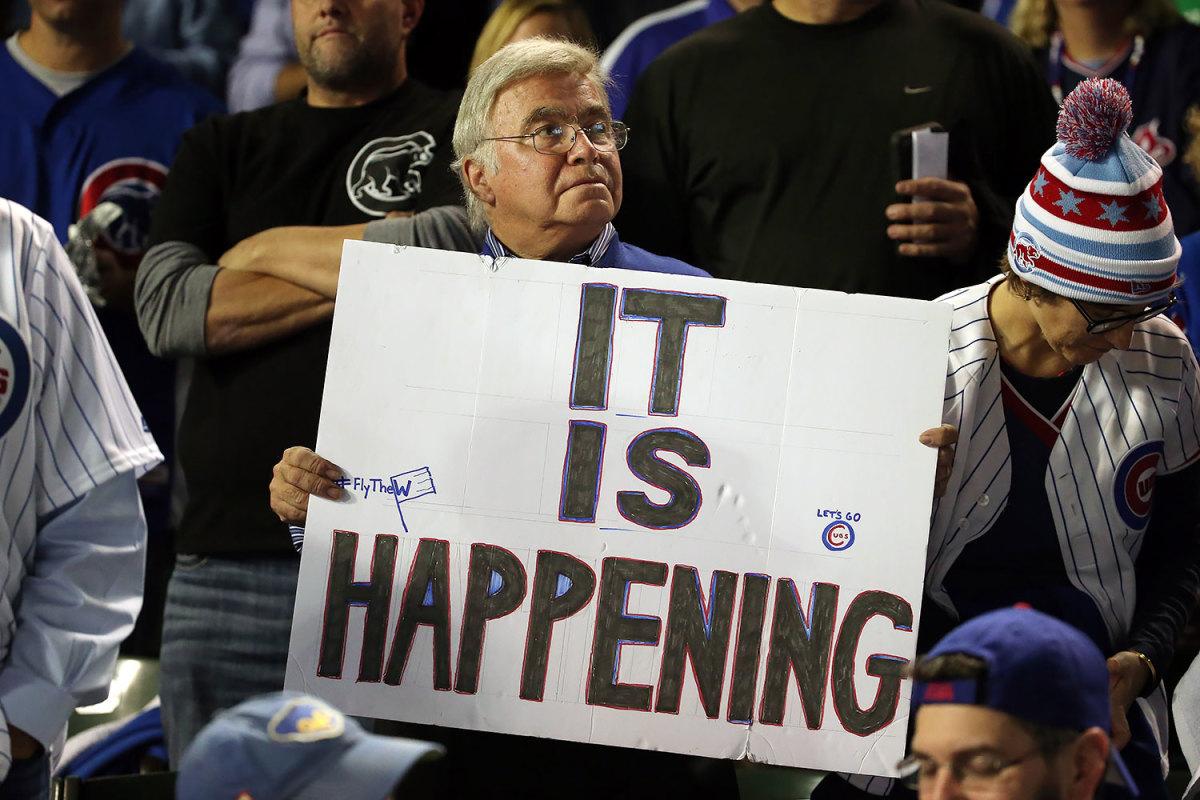 2015-Chicago-Cubs-fan-sign-Chicago-Cubs-fan-sign-GettyImages-493496582.jpg