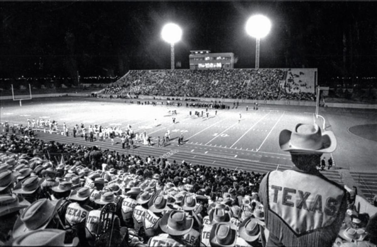 friday-night-lights-texas-field.jpg