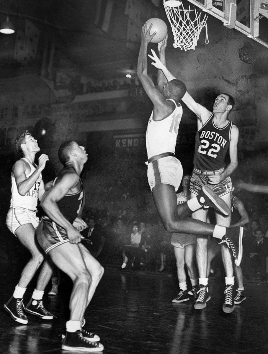 1950-Earl-Lloyd-Capitols.jpg