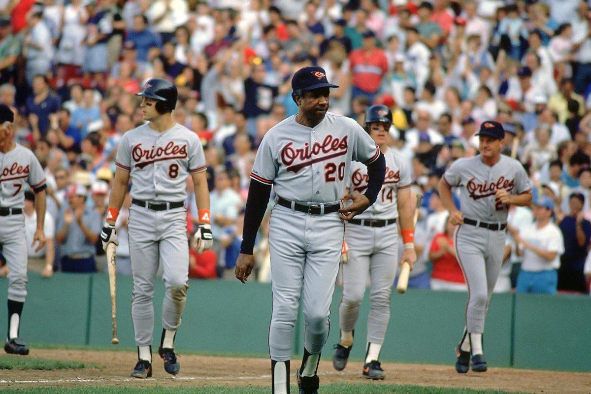 1989-0801-Frank-Robinson-Cal-Ripken-Jr-Mickey-Tettelton-001300409.jpg