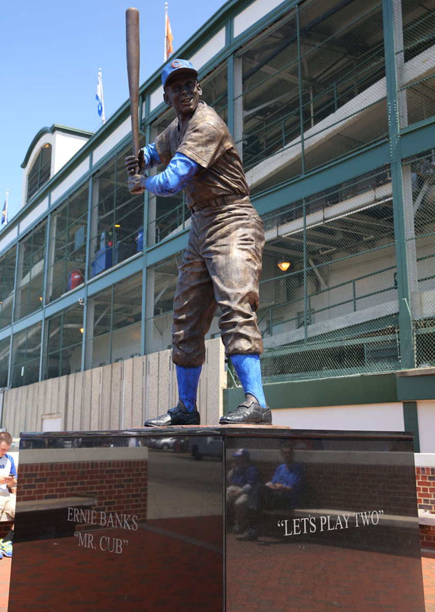 2013-Ernie-Banks-statue-op44-105401.jpg