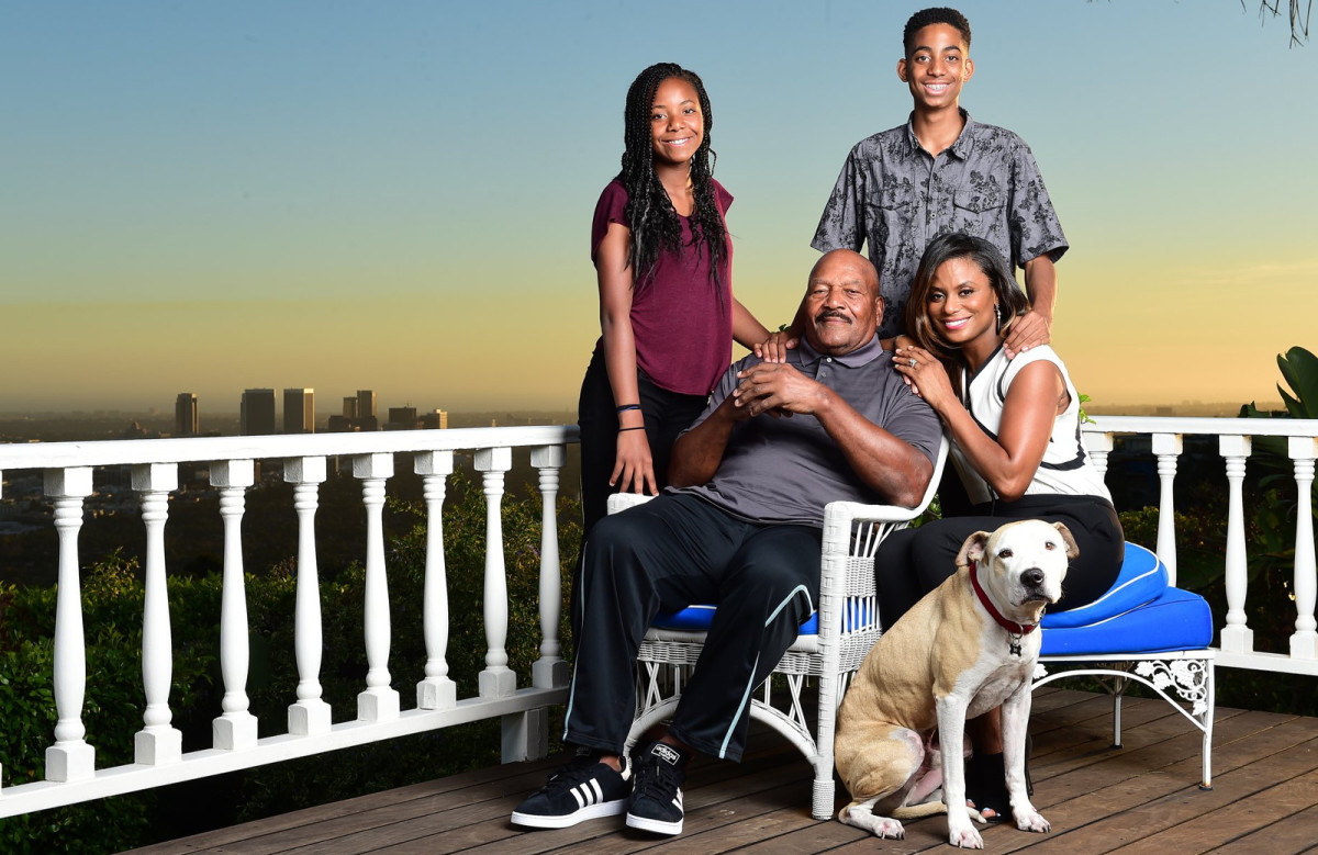 Jim Brown Family >> Why Jim Brown Remains The Standard Of Nfl Greatness Sports