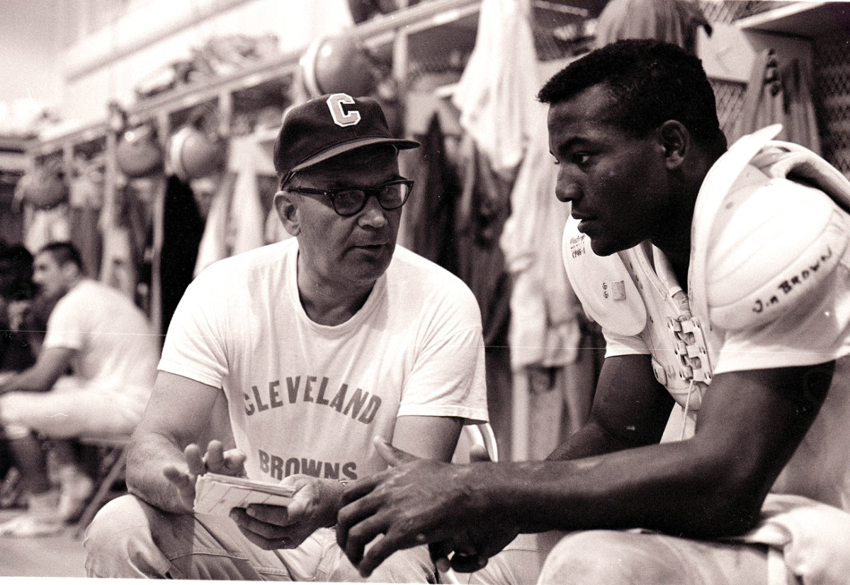 Jim Brown and coach Blanton Collier, 1963. (Photo: James Drake/SI)