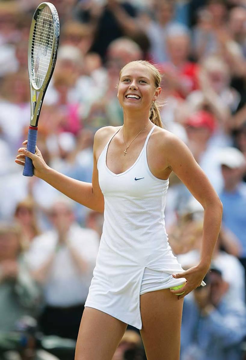 2004-Wimbledon-Maria-Sharapova.jpg
