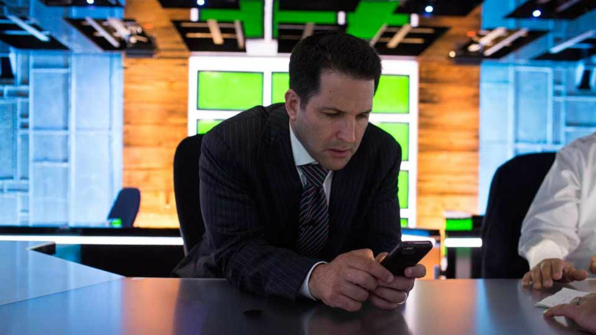 NFL Free Agency: Adam Schefter cell phone bill - Sports Illustrated