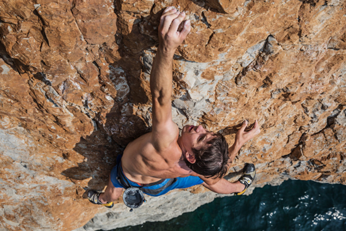 alex-honnold-training-with-630.jpg