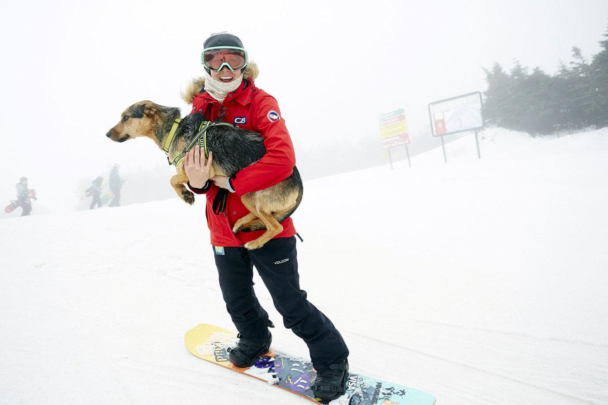 Lindsey-Jacobellis-dog-Sochi-X159487_TK1_030.jpg