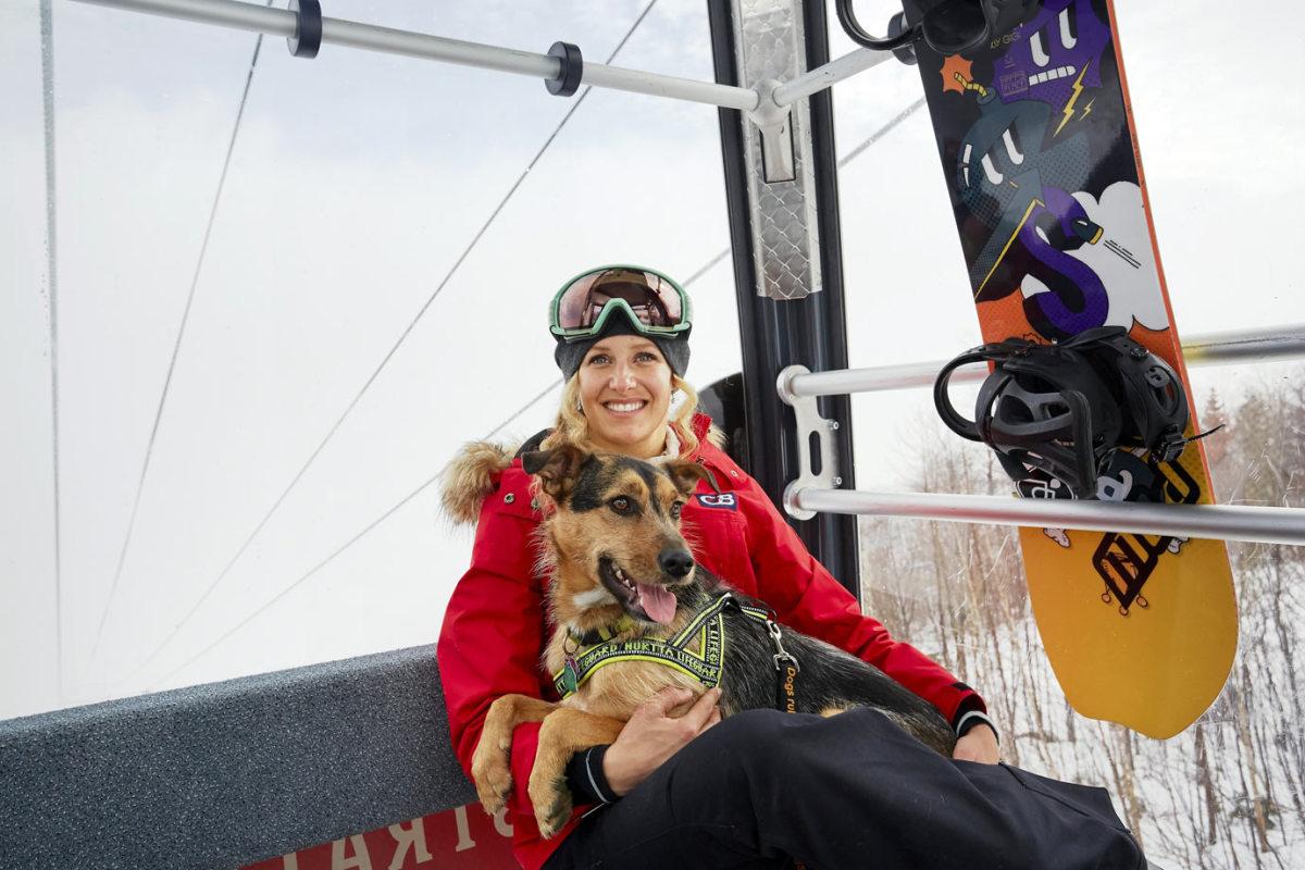 Lindsey-Jacobellis-dog-Sochi-X159487_TK1_012.jpg