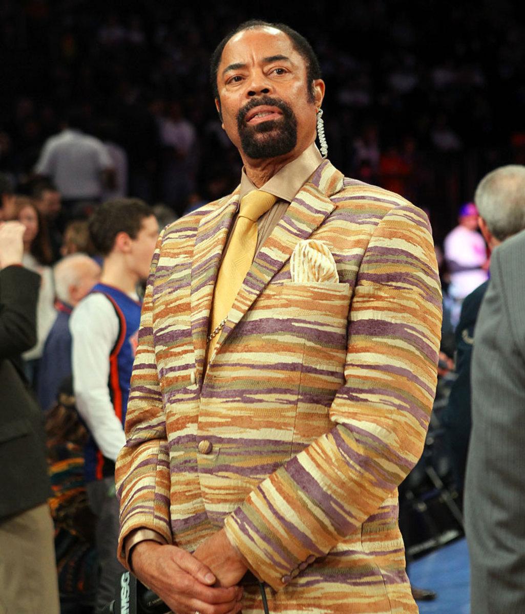 2013-0327-Walt-Clyde-Frazier-suit.jpg