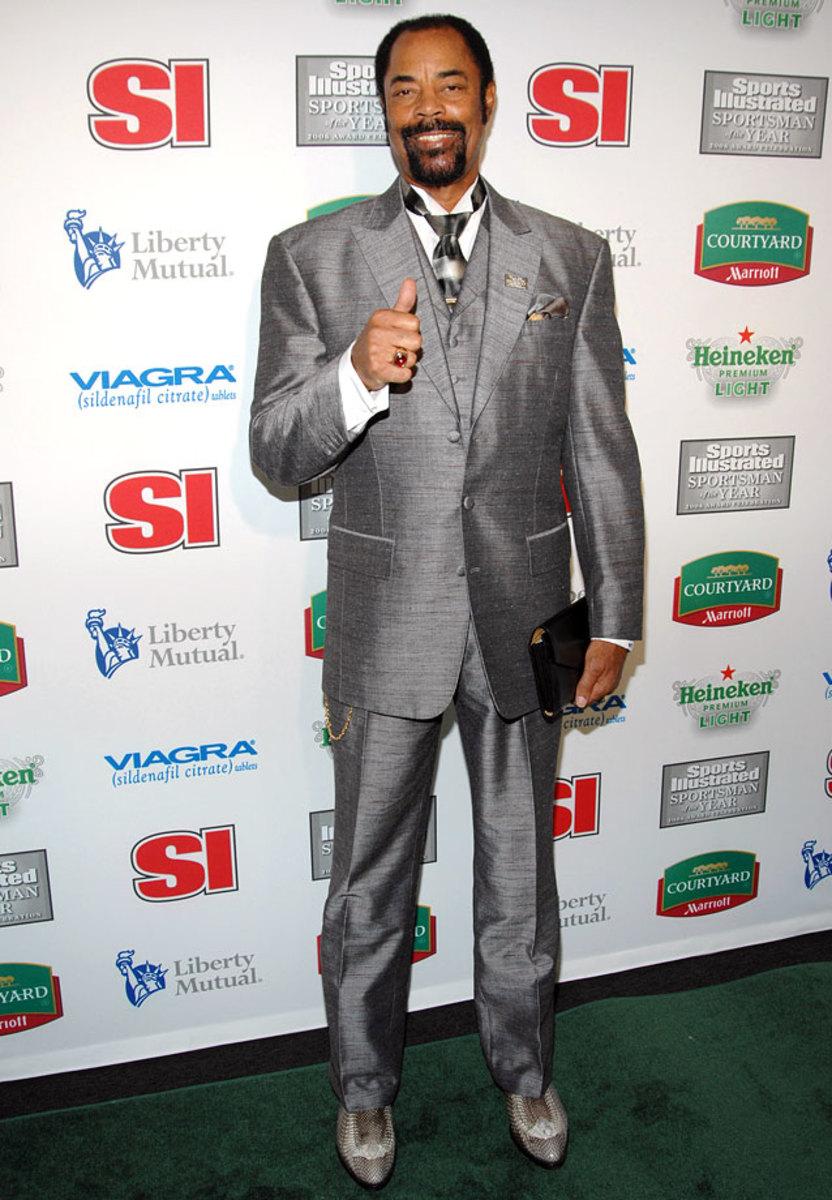 2006-1214-Walt-Clyde-Frazier-suit.jpg