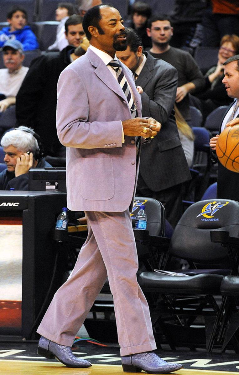 2010-0226-Walt-Clyde-Frazier-suit.jpg