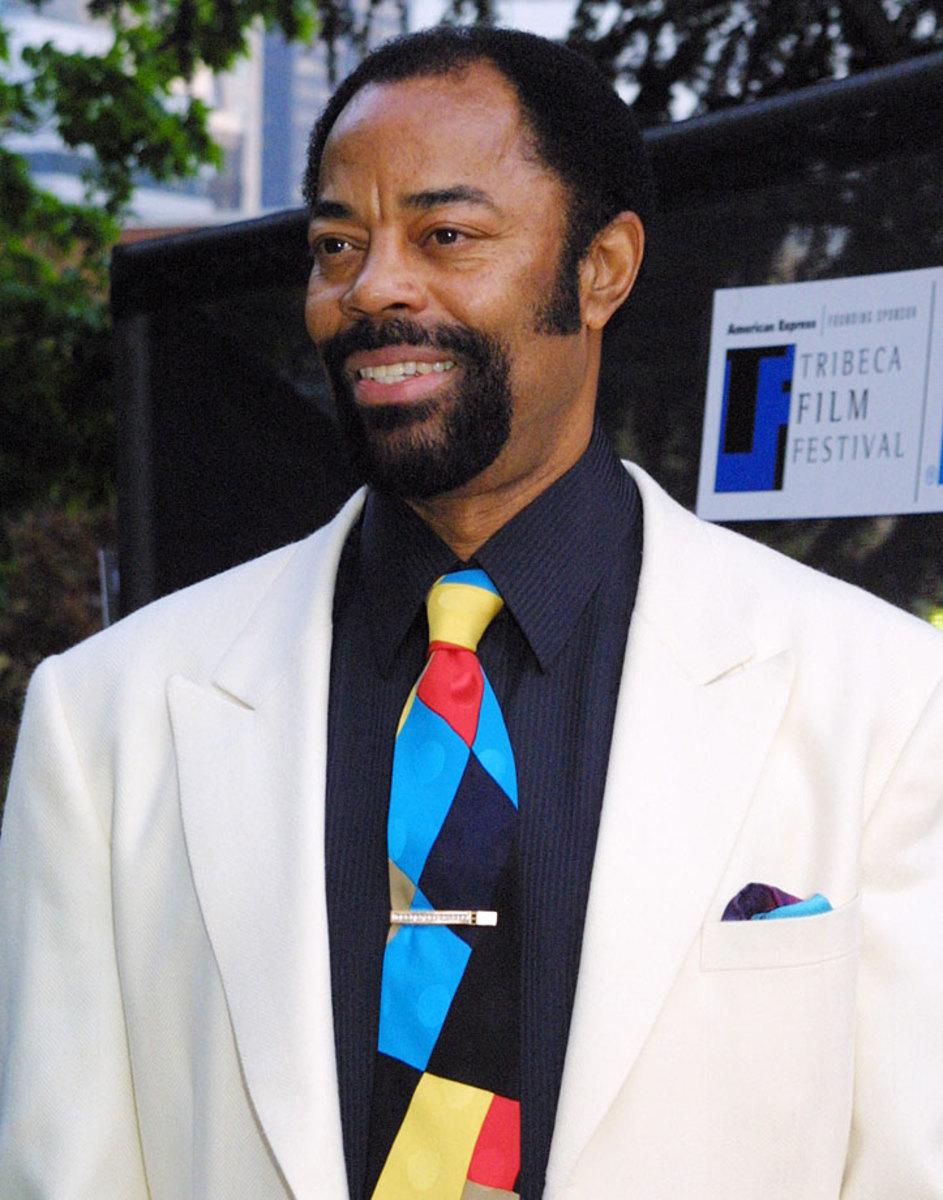 2003-0507-Walt-Clyde-Frazier-suit.jpg