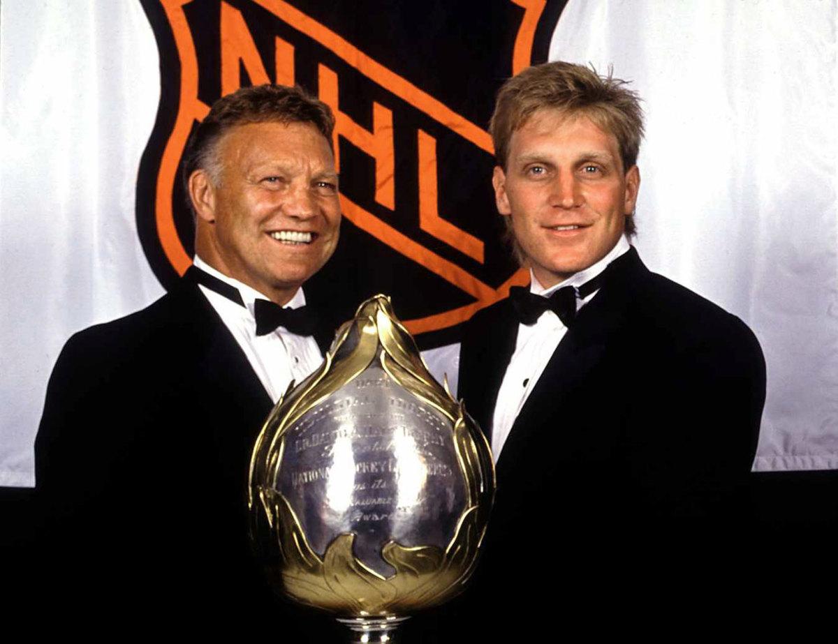 1991-Bobby-Brett-Hull.jpg