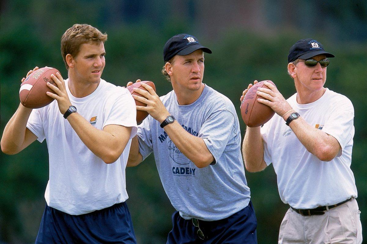 2002-Eli-Peyton-Archie-Manning-001256941.jpg