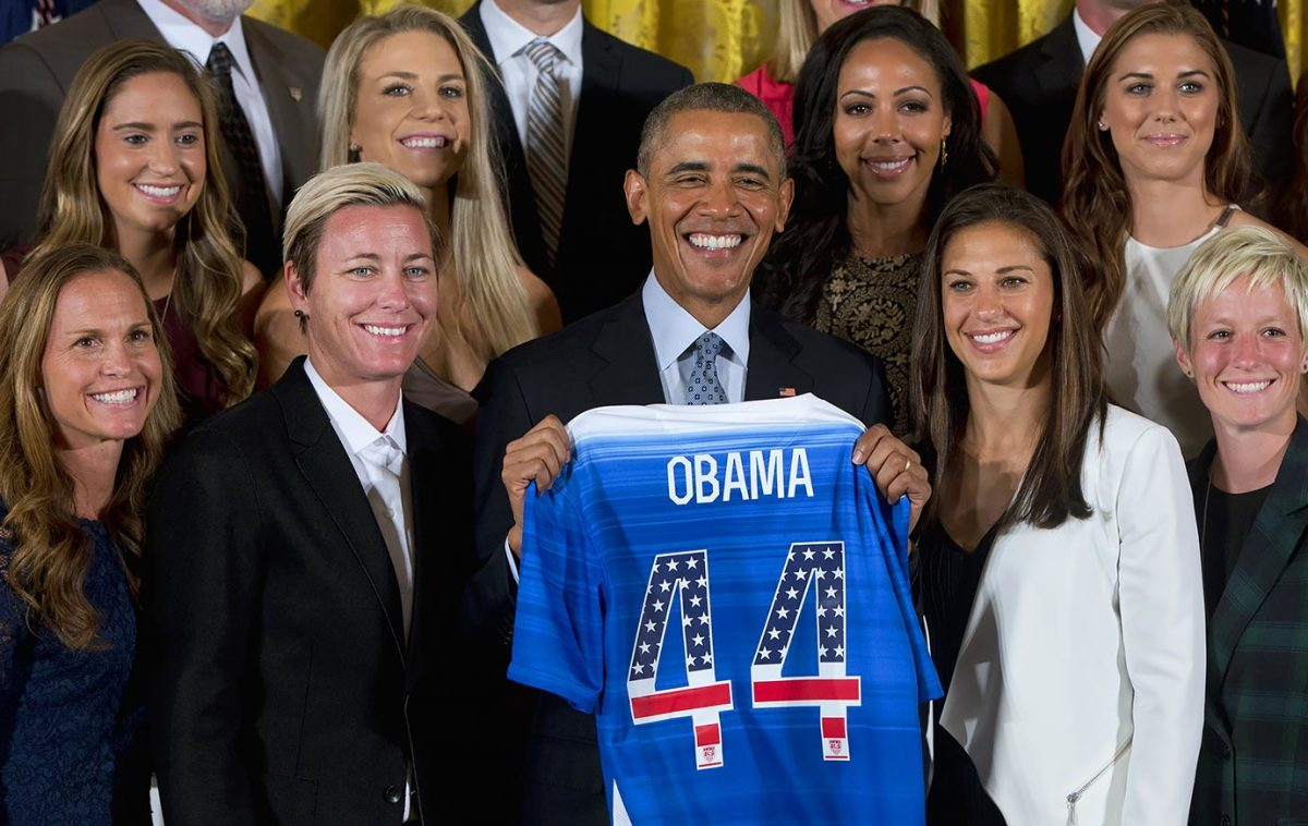 President-Barack-Obama-USWNT.jpg