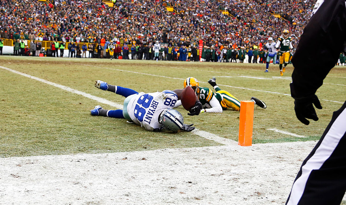 Dez Bryant goes to ground, and a firestorm erupts.