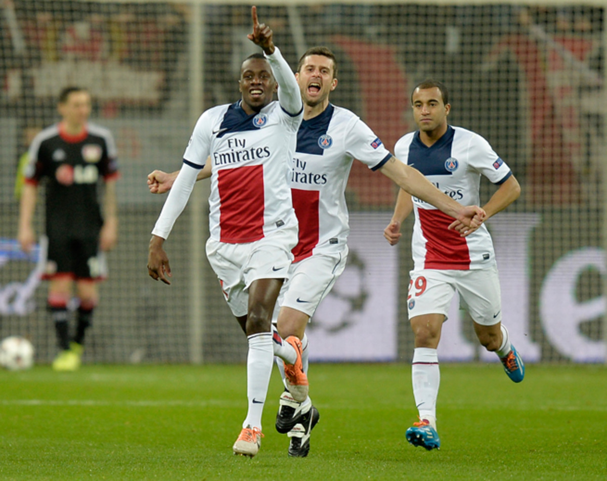 PSG midfielder Blaise Matuidi, front, has signed a new deal with the club through 2018.