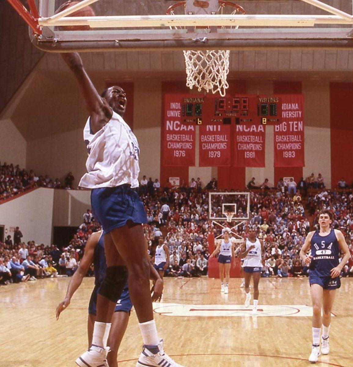 140430121344-1984-olympic-basketball-dotcom128-single-image-cut.jpg
