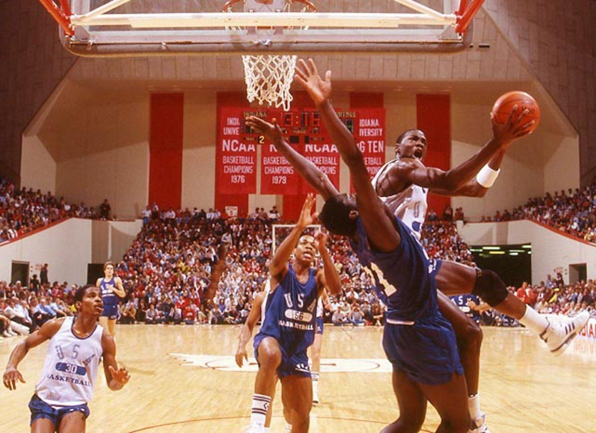 140430121408-1984-olympic-basketball-dotcom134-single-image-cut.jpg