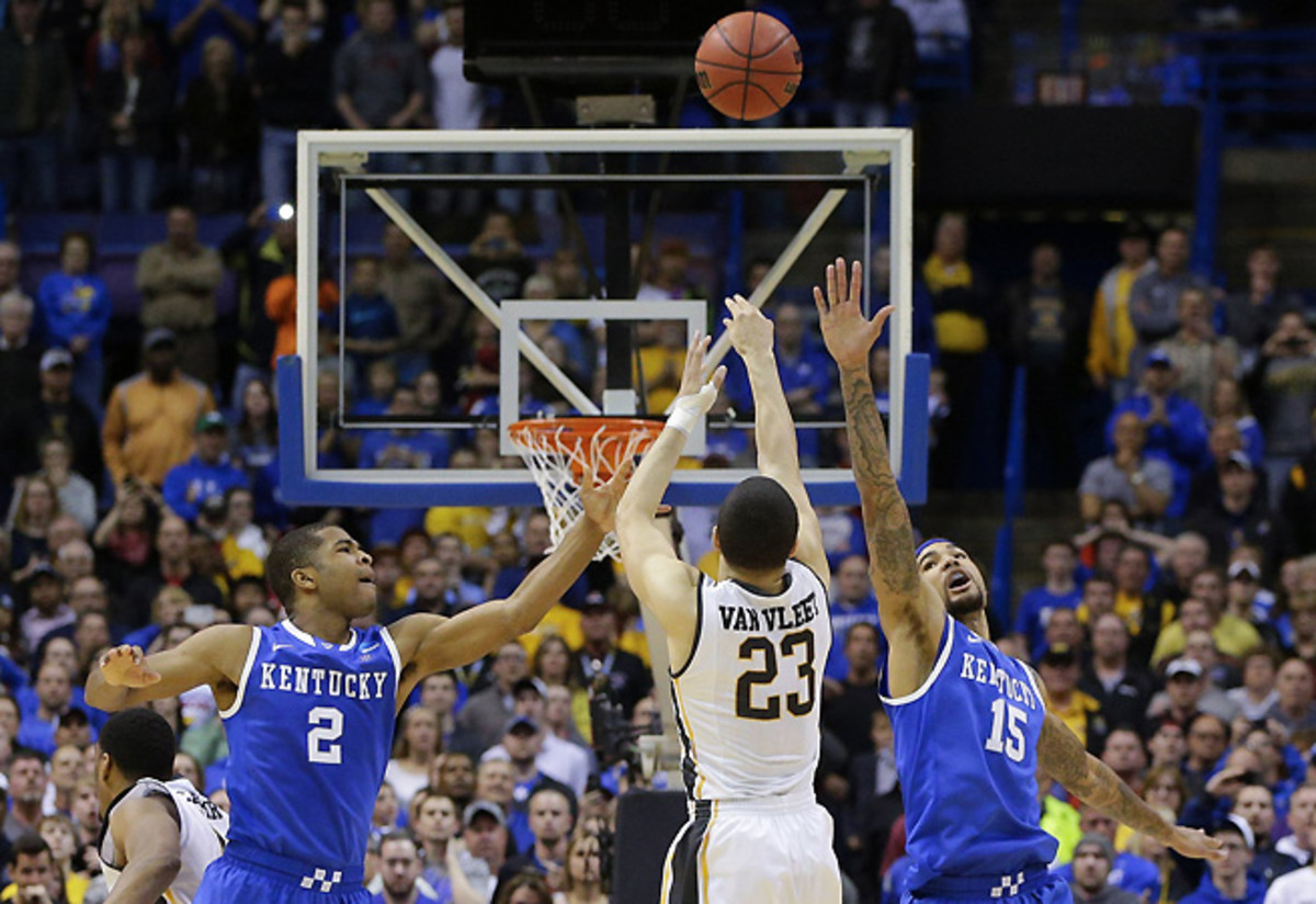 Fred VanVleet's potential game-winning shot with 1.7 seconds left against Kentucky.