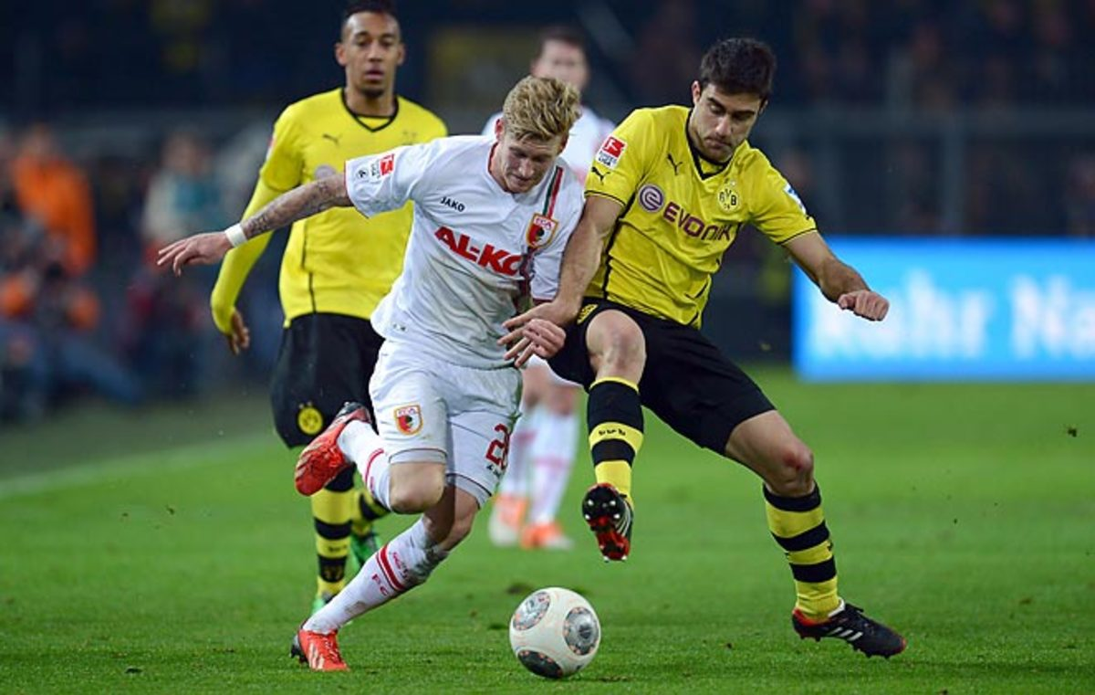 Borussia Dortmund could only manage a 2-2 draw with Augsburg in the Bundesliga on Saturday.