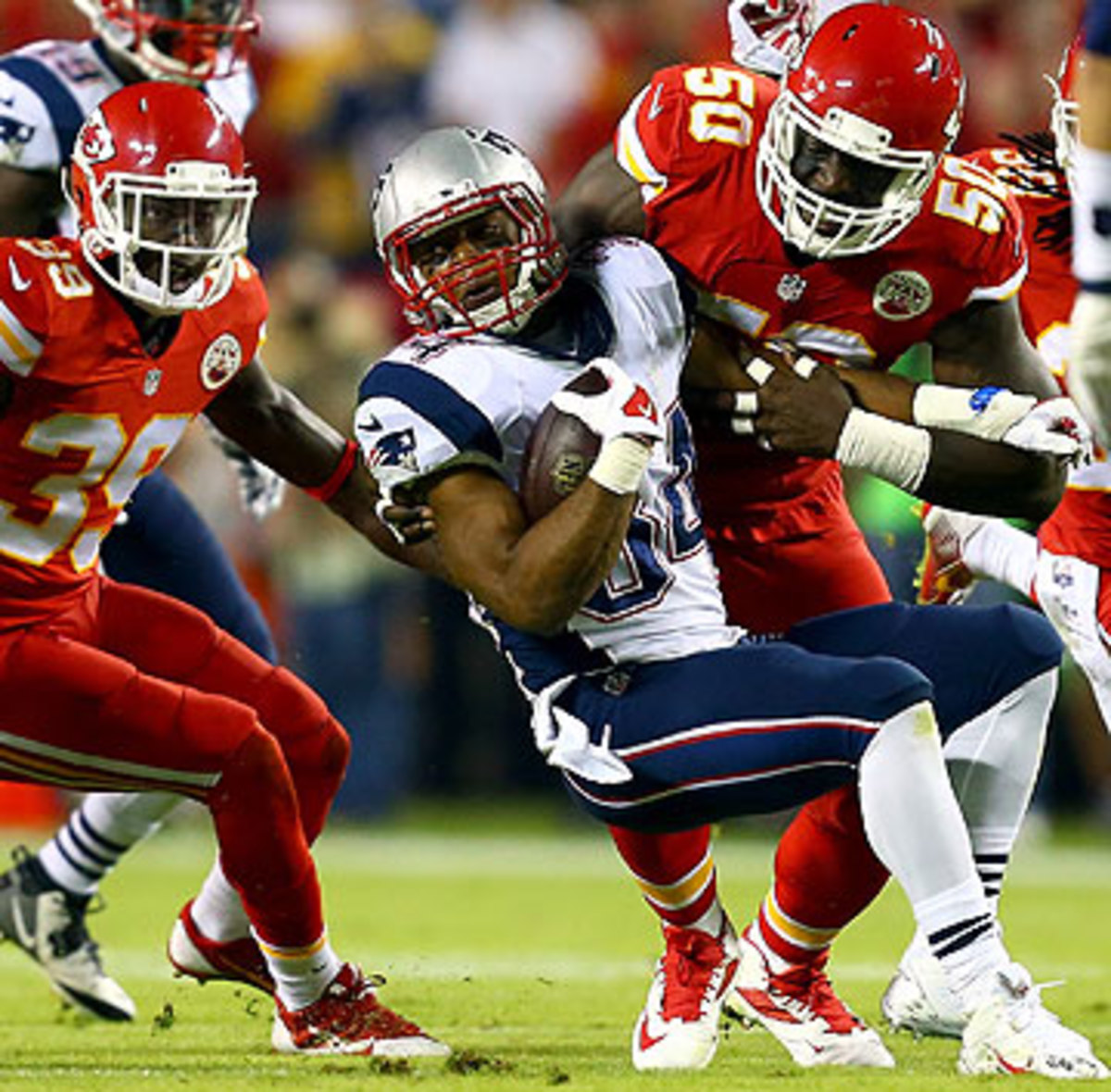 New England's skill position players, like Shane Vereen, haven't found much space to operate this season. (Dilip Vishwanat/Getty Images)