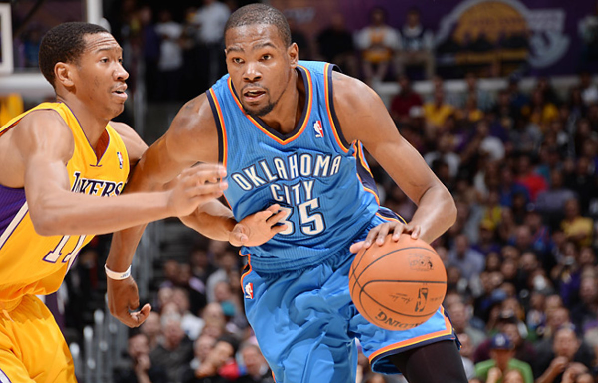 Kevin Durant scored 19 points in the fourth quarter to help rally the Thunder past the Lakers in L.A.