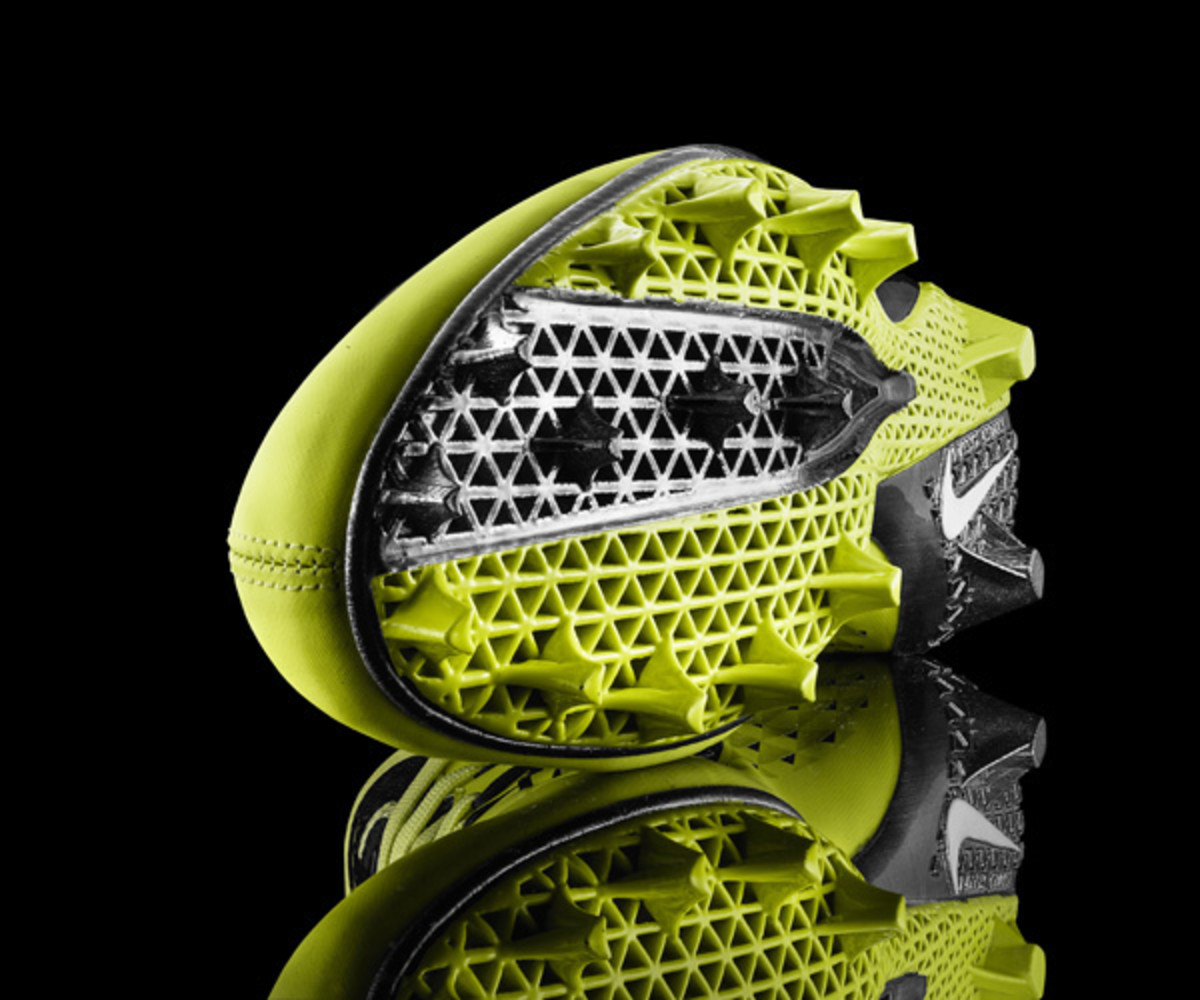 Nike's 3-D-printed Vapor Talon debuted on the fastest 40 runners at the 2013 combine.