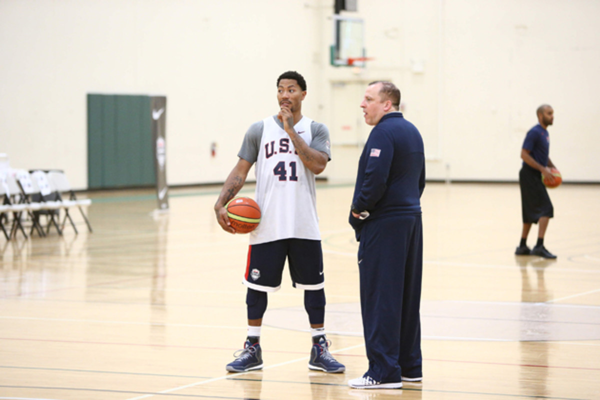 Assistant Coach Tom Thibodeau chats with Derrick Rose of the USA Basketball Men's National Team during practice at the Quest MultiSport Facility in Chicago.