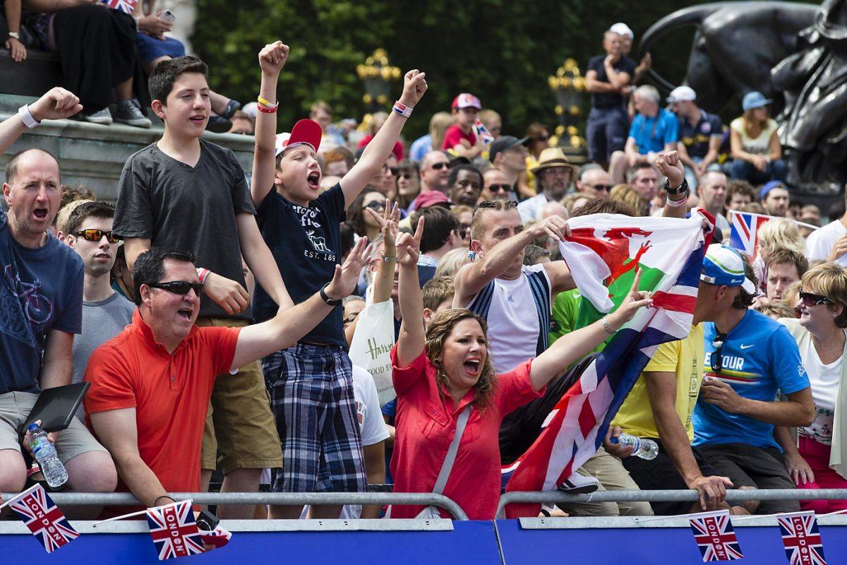 tour-de-france-fans-532140707c4663_Tour_de_France.jpg