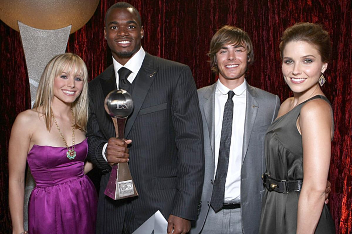 Kristen Bell, Adrian Peterson, Zac Effron and Sophia Bush