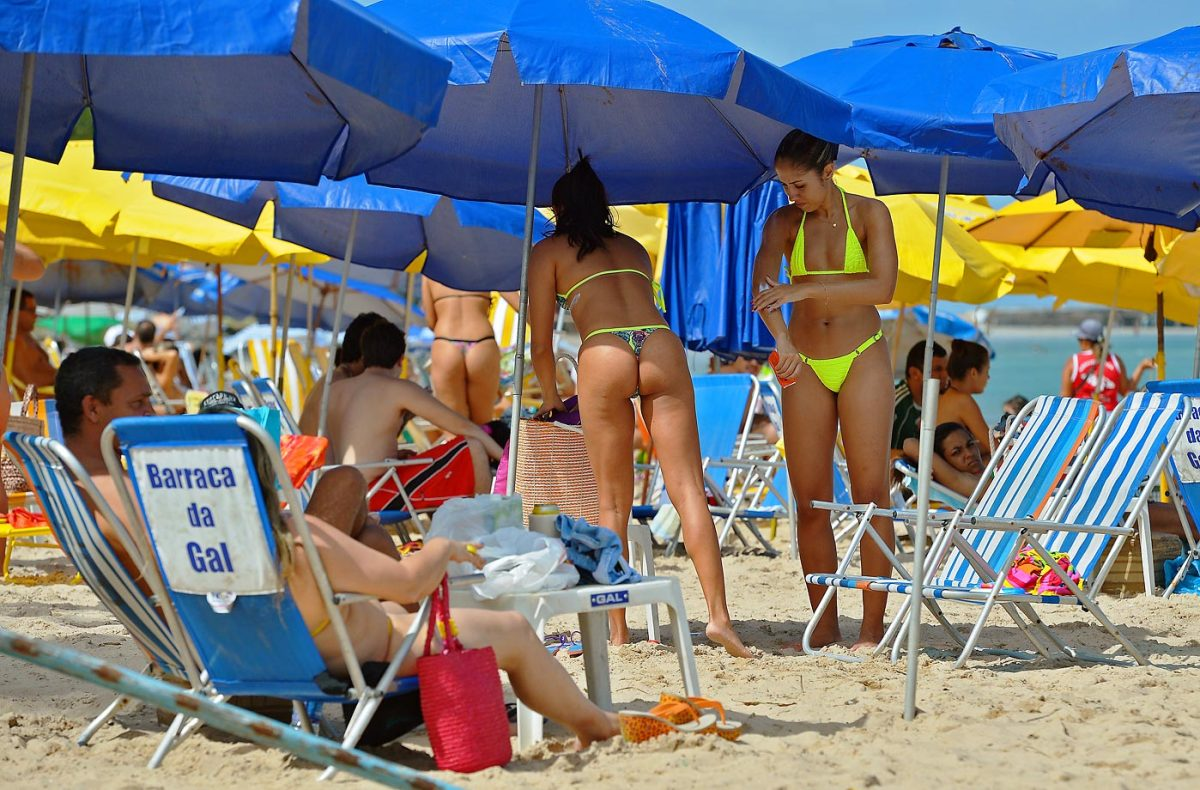 brazil-beach-450607366_10.jpg