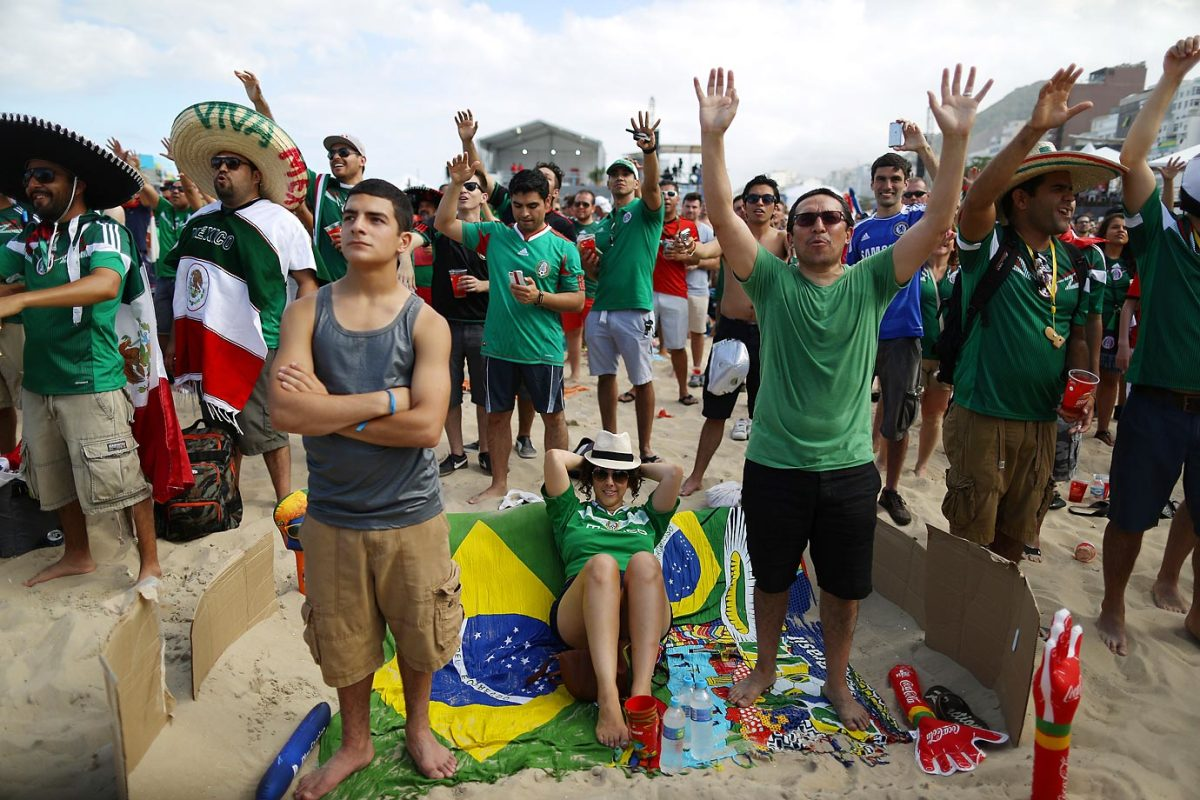 brazil-beach-5aa0da103578351c6-0.jpg