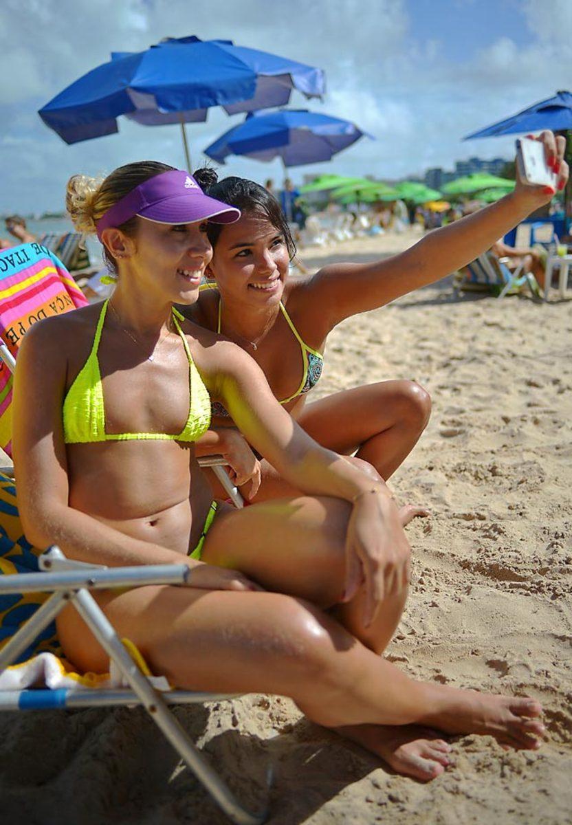 brazil-beach-450611010_10.jpg