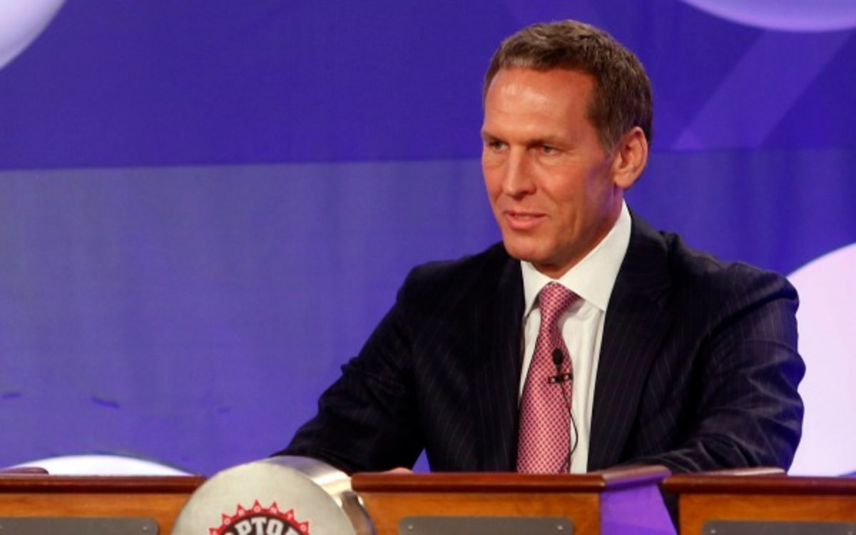 Former Toronto Raptors GM Bryan Colangelo was the NBA executive of the year in 2007. (AP Photo/Jason DeCrow)
