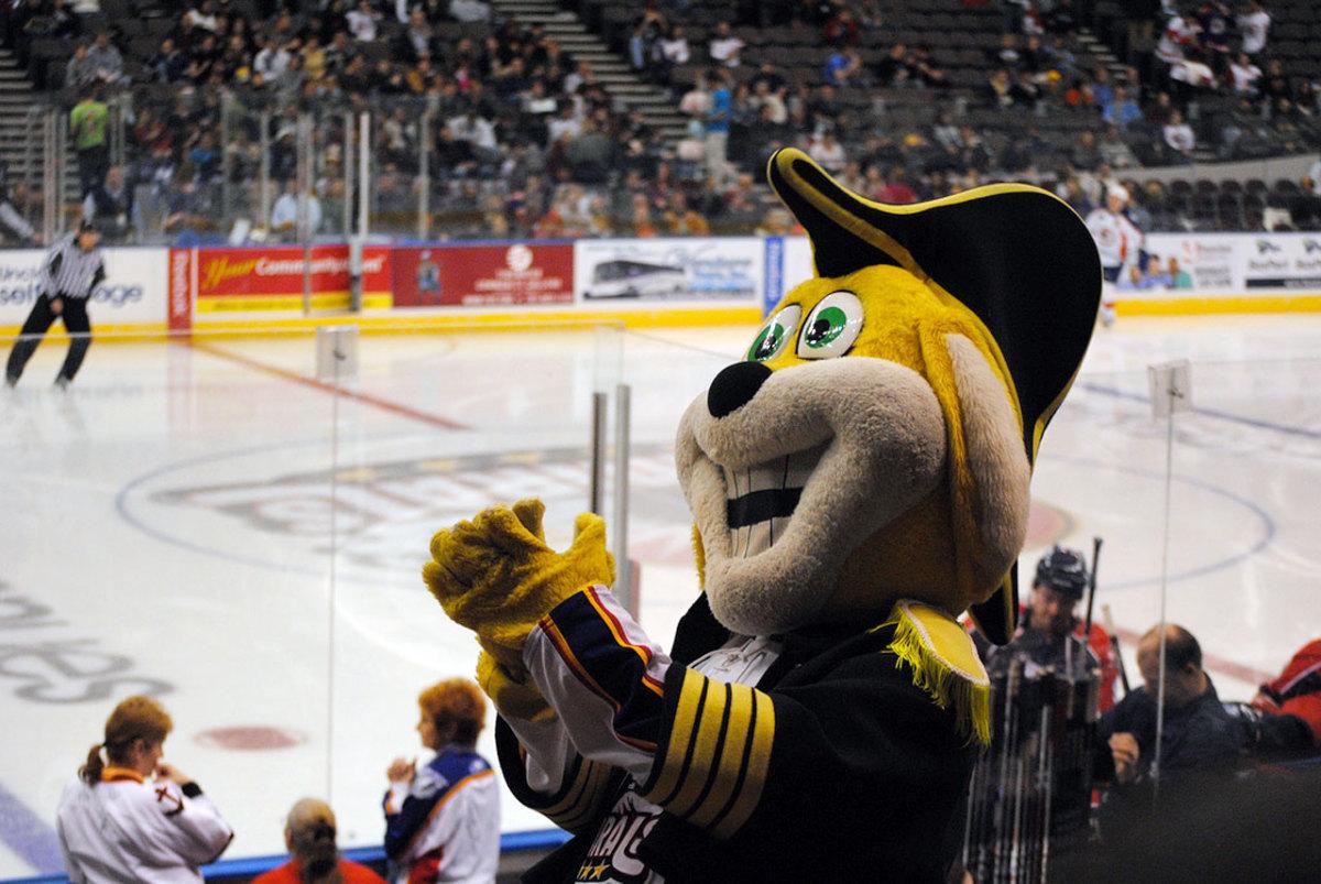 norfolk-admirals-mascot-hat-trick.jpg