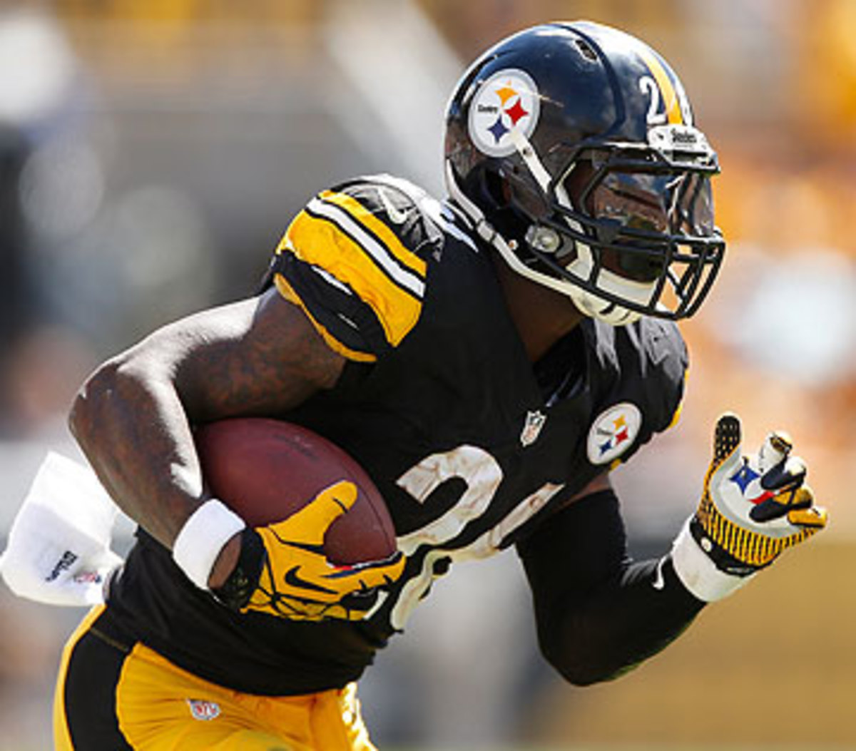 Le'Veon Bell averaged 3.5 yards per carry in 13 games as a rookie in 2013. He's at 5.9 through three games this season.