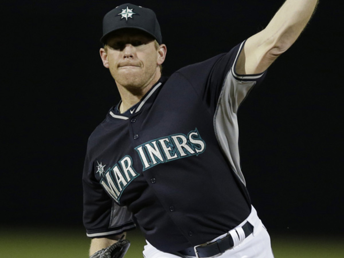 Randy Wolf was hoping to catch on with the Mariners, but asked for his release. (Darron Cummings/AP)