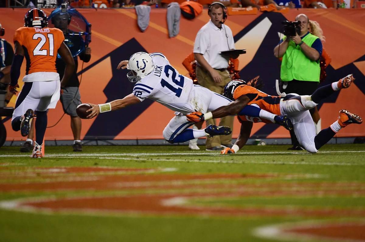 Andrew-Luck-touchdown.jpg